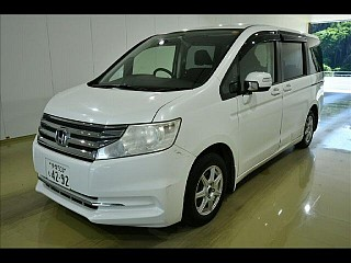 Минивэн рестайлинг 8 мест Honda STEP WAGON G Inter Navi E Selection